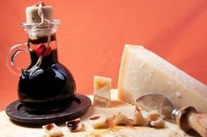 Aceto Balsamico und Parmesan