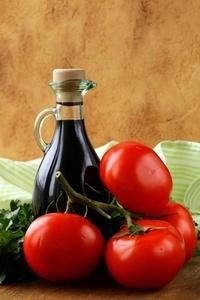 Aceto Balsamico mit Tomaten