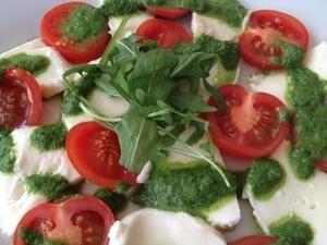 Tomaten Mozzarella Salat