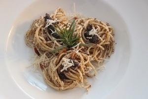Pasta mit Mohn Pesto