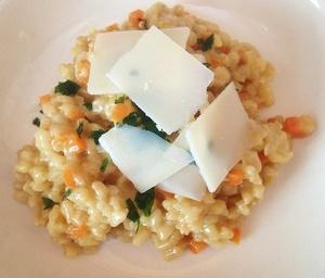 Weizen Risotto mit Parmesan
